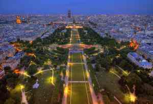 Paris hotels near eiffel tower hotels selection and special for Hotels around eiffel tower